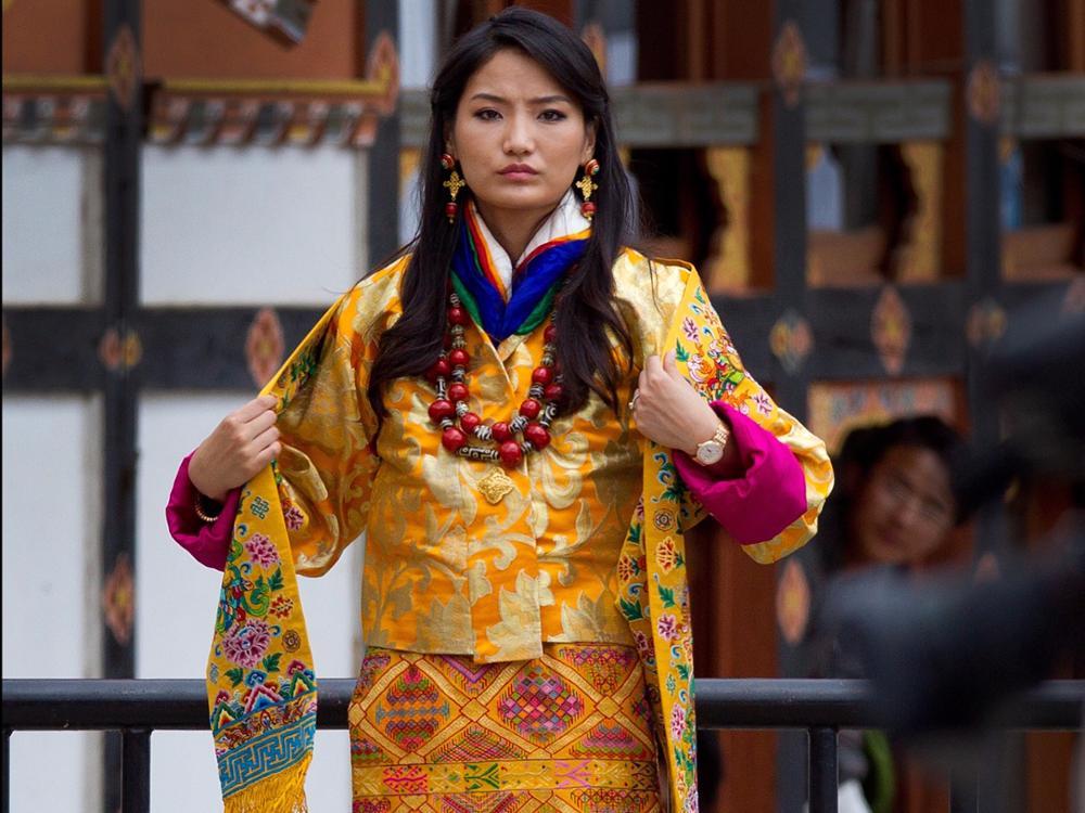 Jetsun Pema, reine du Bhoutan moderne et engagée