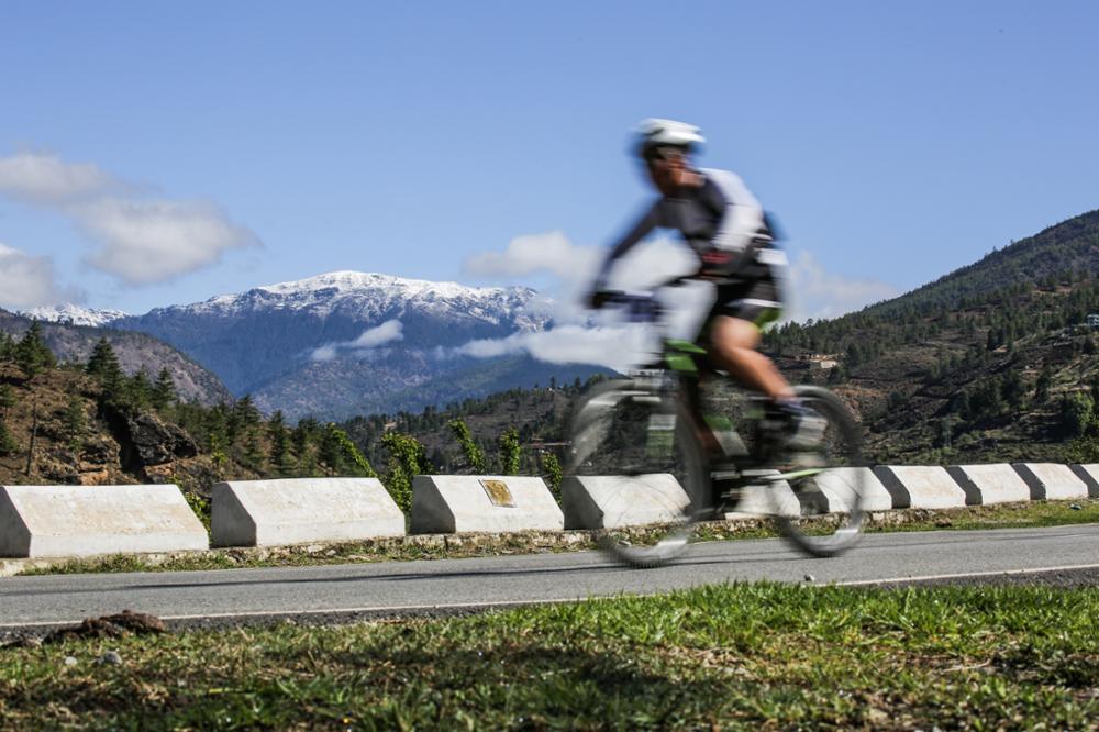 Le Tour du Dragon, une course cycliste pour découvrir les montagnes bhoutanaises