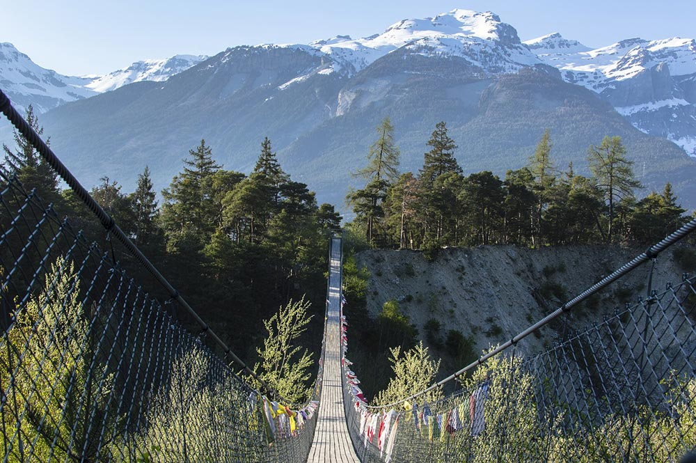 Paysage vertigineux du Bhoutan